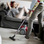 妻が家事をしない?共働きと専業主婦の家事分担や離婚状況について
