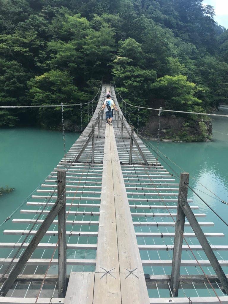 夢の吊り橋 足元