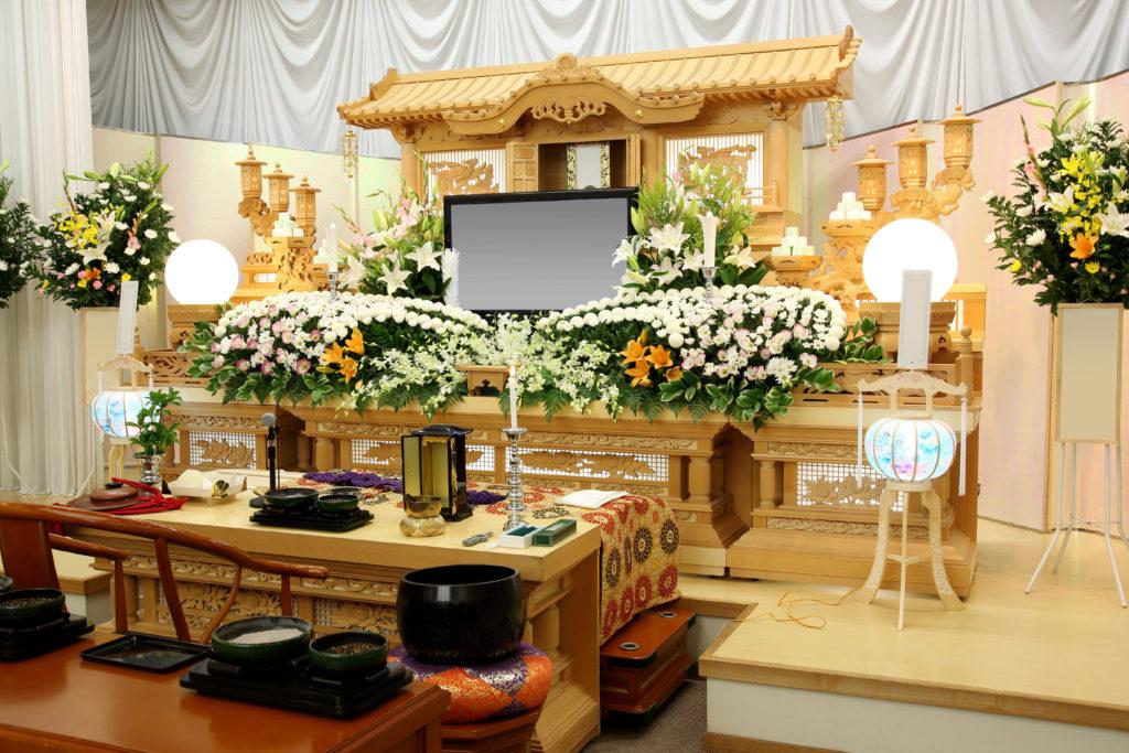 身内が亡くなった時の葬式のマナーを知ろう