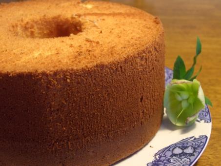炊飯器でケーキを作る際は10合炊きで大丈夫?