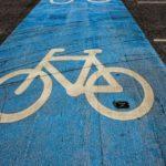 子供乗せ自転車の便利グッズ/レインコートやフックでの保育園通園