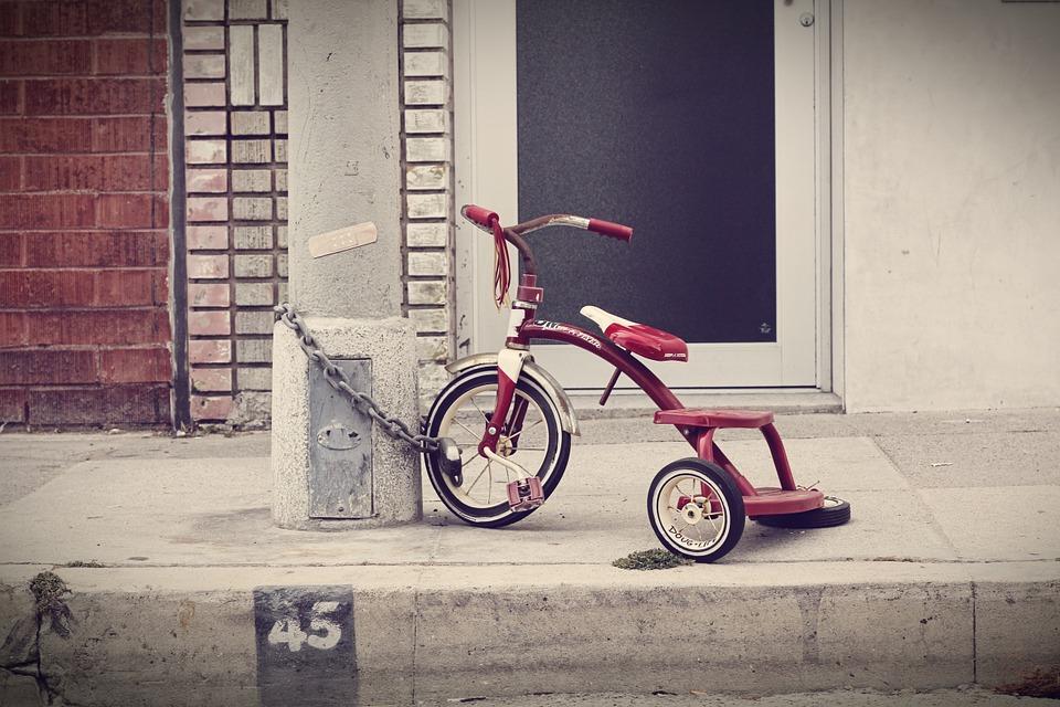 自転車が怖い子供はどうしたら乗れる?