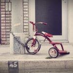 自転車でいきなり補助輪なし?補助輪は片方だけ?乗り方やペダルの教え方