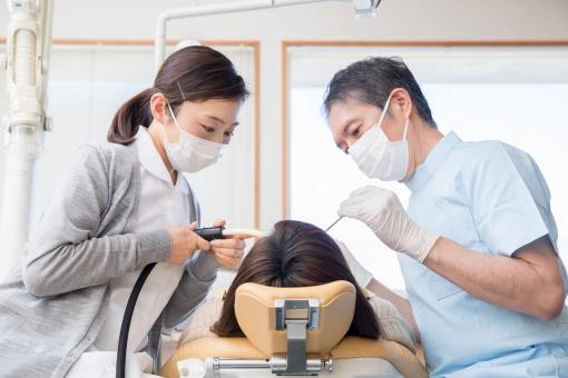 親知らずの抜歯で腫れる理由や仕事への影響は?